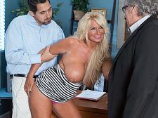 Annellise and the cuckold